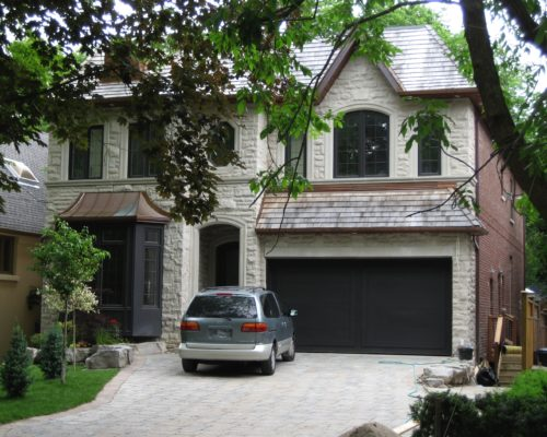custom built homes in Hog's Hollow Toronto